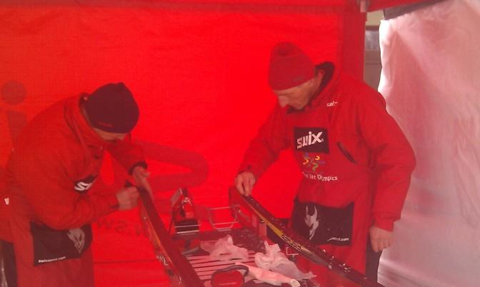 Koasalauf 2011 - wachsprofis mit meinem ski
