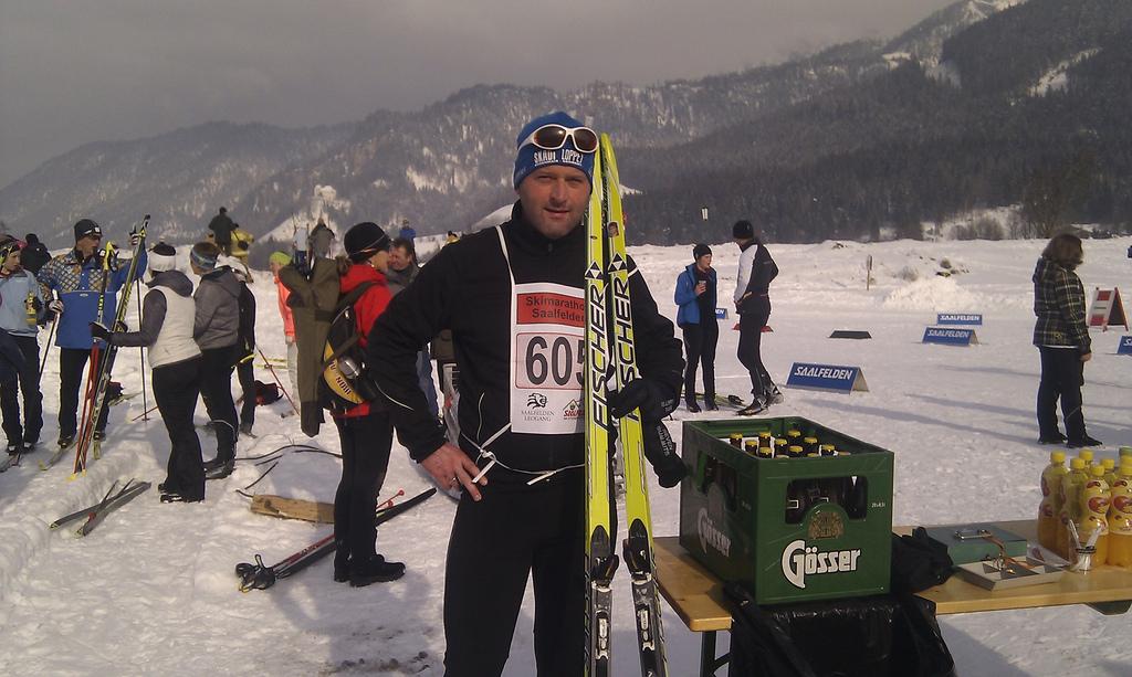 Im Ziel des Skimarathon Saalfelden, 21 km