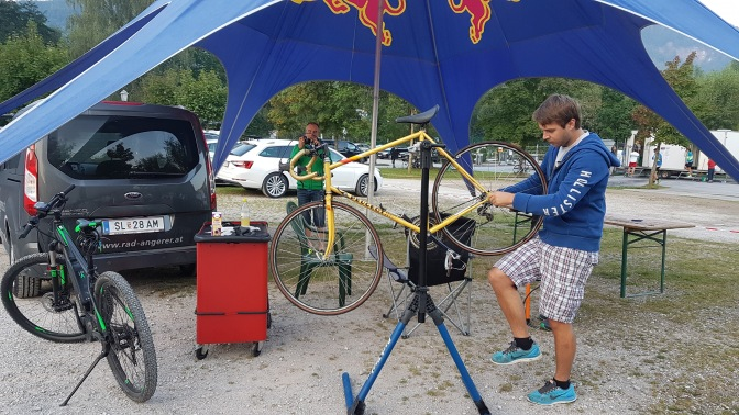 Radsport Angerer hilft mit